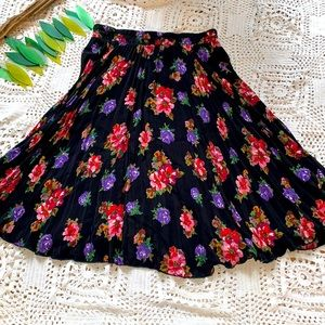 Carole little floral skirt